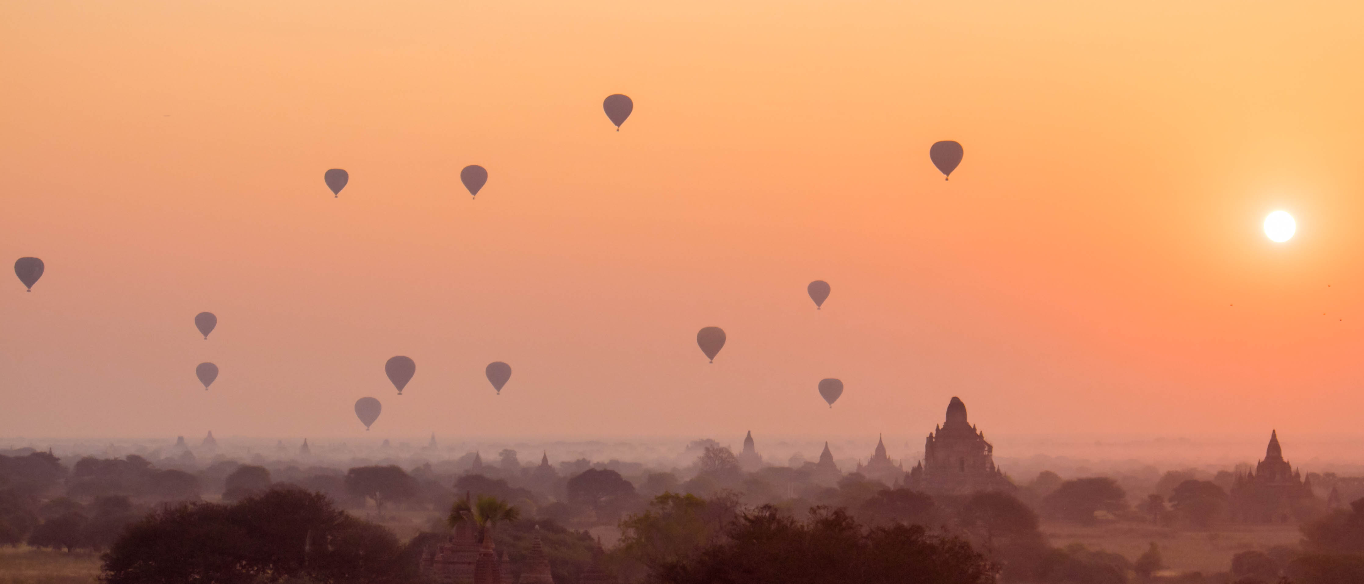 Bagan Ballons Sunrise
