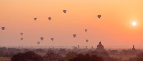 Bagan Ballons Sunrise