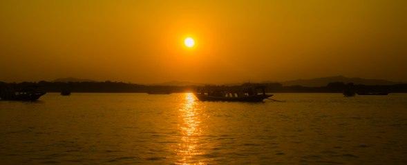 Lake Bagan Sunset